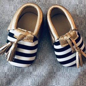Baby Girl - Black White and Gold Striped Moccasins